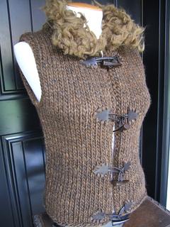 Thrummed collar detail vest
