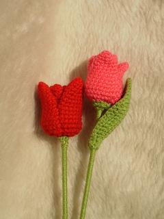 Crochet Tulip - FREE Pattern by Kati Galusz