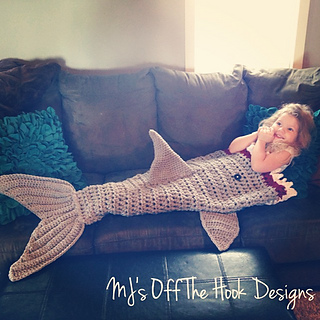 Ravelry Bulky  Quick Shark Blanket pattern by MJs Off