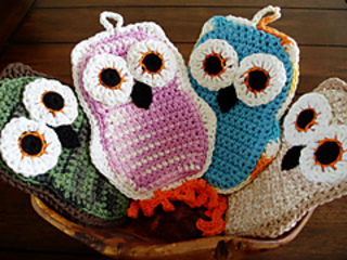 Ravelry Funky Little Owl Potholder pattern by Kate Alvis