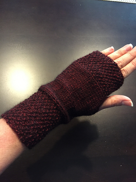 Pic of my second pair of burgundy mink reading mitts