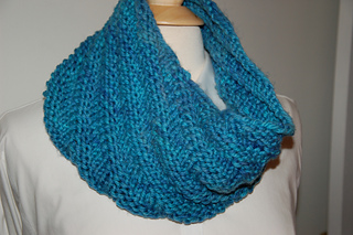 December_shawl_club__sock_club_006_small2
