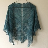 Ravelry: Old Shale Lace Shawl pattern by Evelyn A. Clark