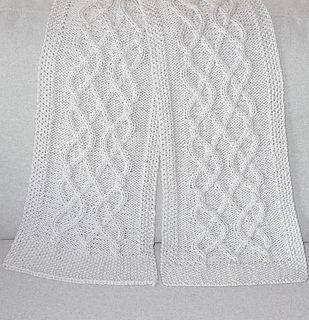 Ravelry: Connor scarf pattern by Alice Moreels