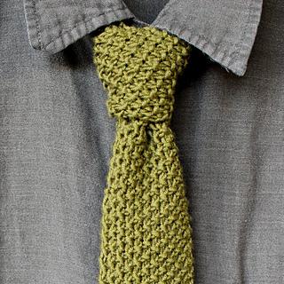necktie in seed stitch