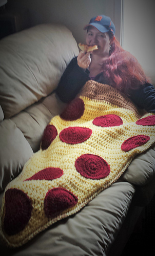 Ravelry Pizza By the Slice Blanket pattern by Raechel