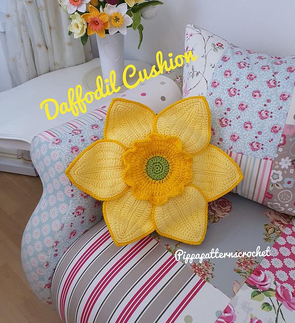 daffodil cushion pattern by connie rockliff