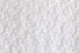 Ravelry: Willow ~ Newborn or Preemie Baby Blanket pattern