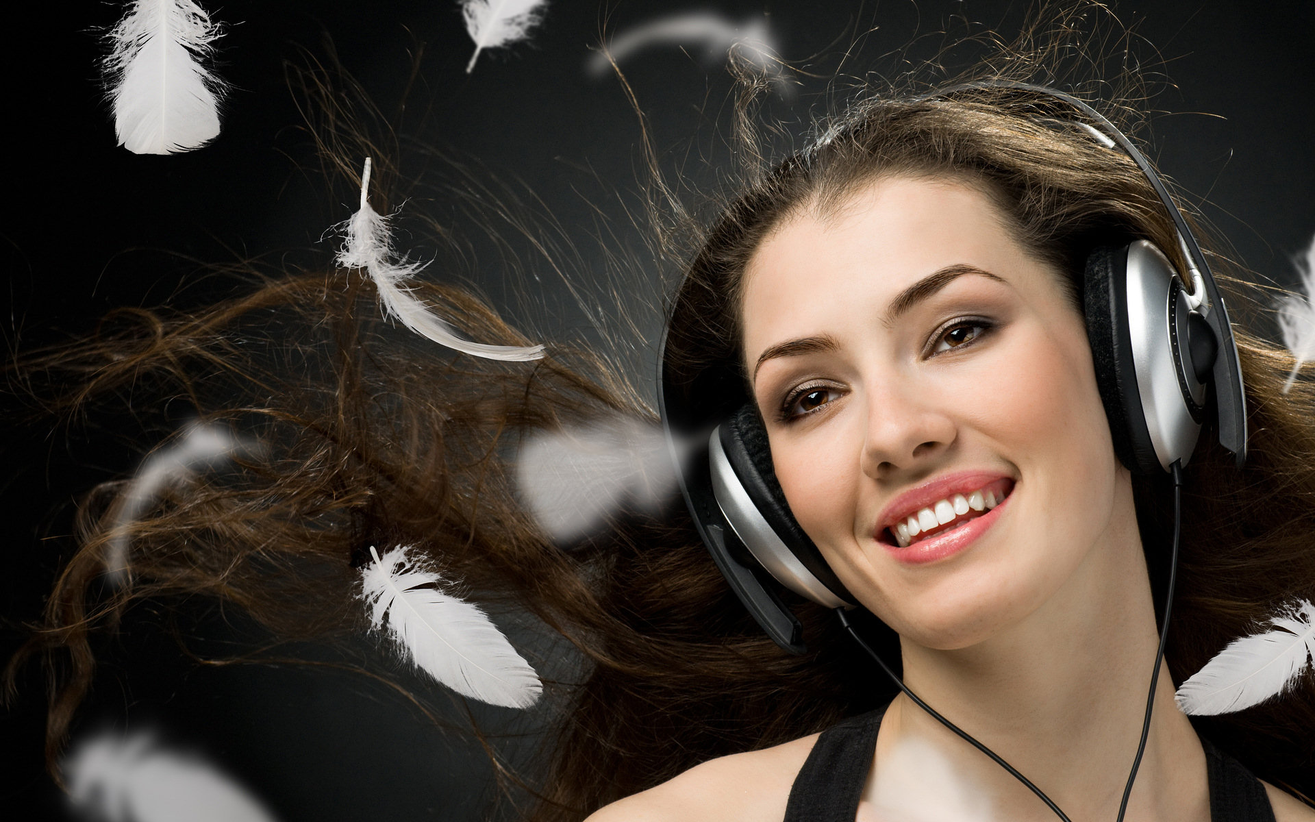 Girl Listening To Headphones Wallpaper Diann Moss Full Hd Wallpaper And Background Image