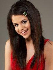 selena gomez in straight hair