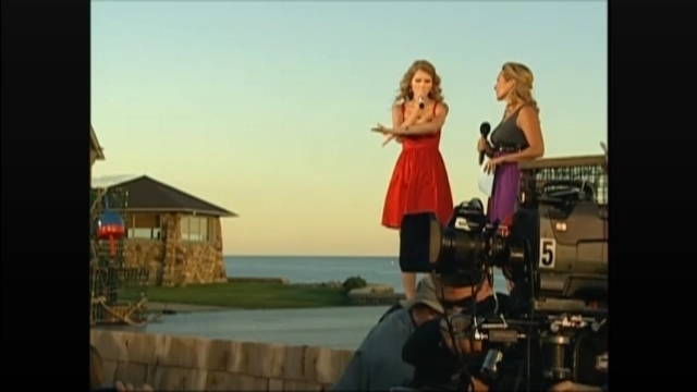 CMT premiere 'Mine' music video special screencaps - Speak Now Image (18156056) - Fanpop