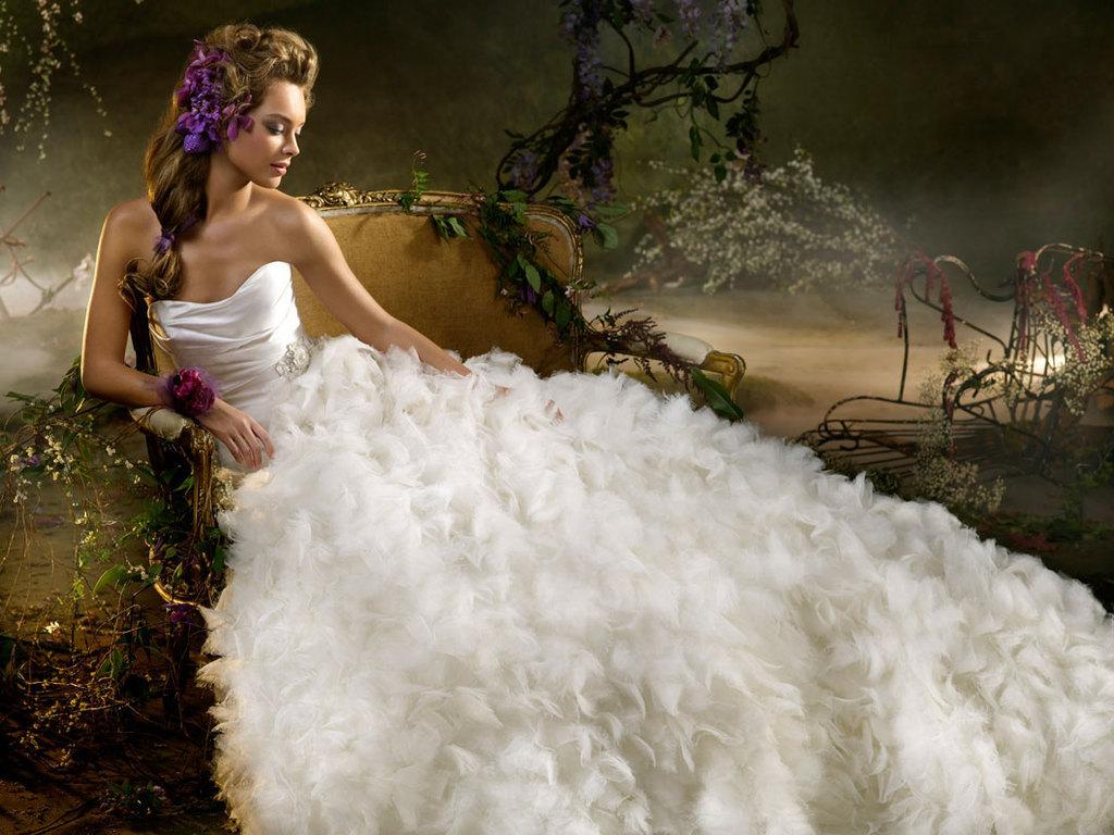 Beautiful Princess  Daydreaming Wallpaper 18560920  Fanpop