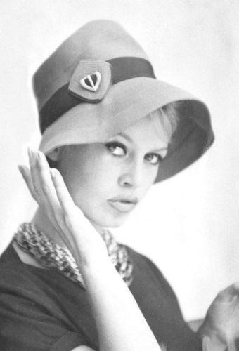 Brigitte Bardot Moi Je Joue : brigitte, bardot, Brigitte, Bardot, Video, Fanpop