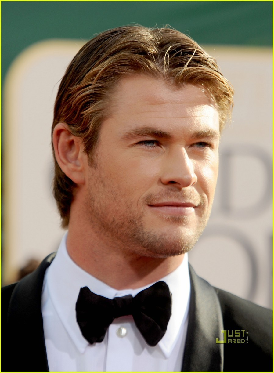 https://i0.wp.com/images4.fanpop.com/image/photos/19100000/Chris-Hemsworth-chris-hemsworth-19135764-898-1222.jpg