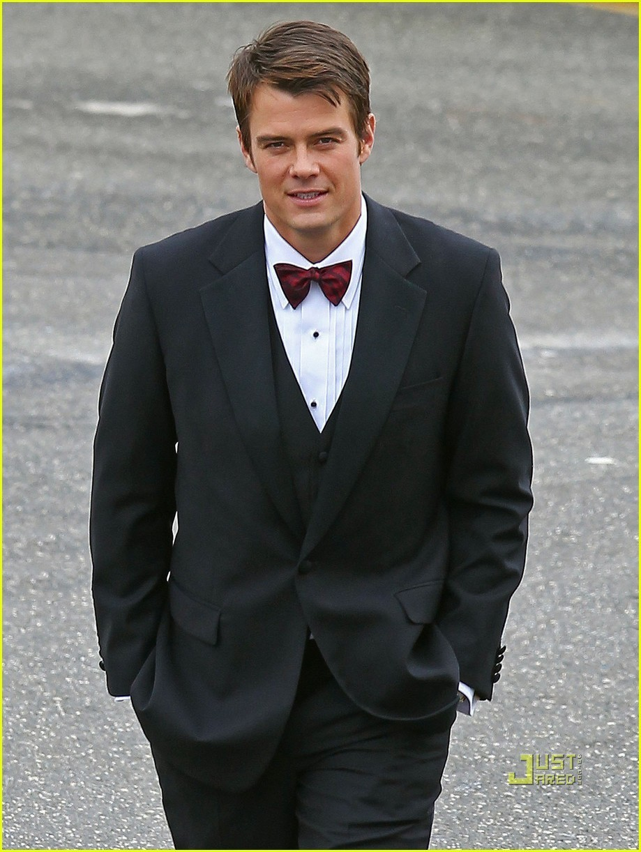 Josh Duhamel & Katherine Heigl: 'NYE' in Brooklyn! 2011 - josh-duhamel photo