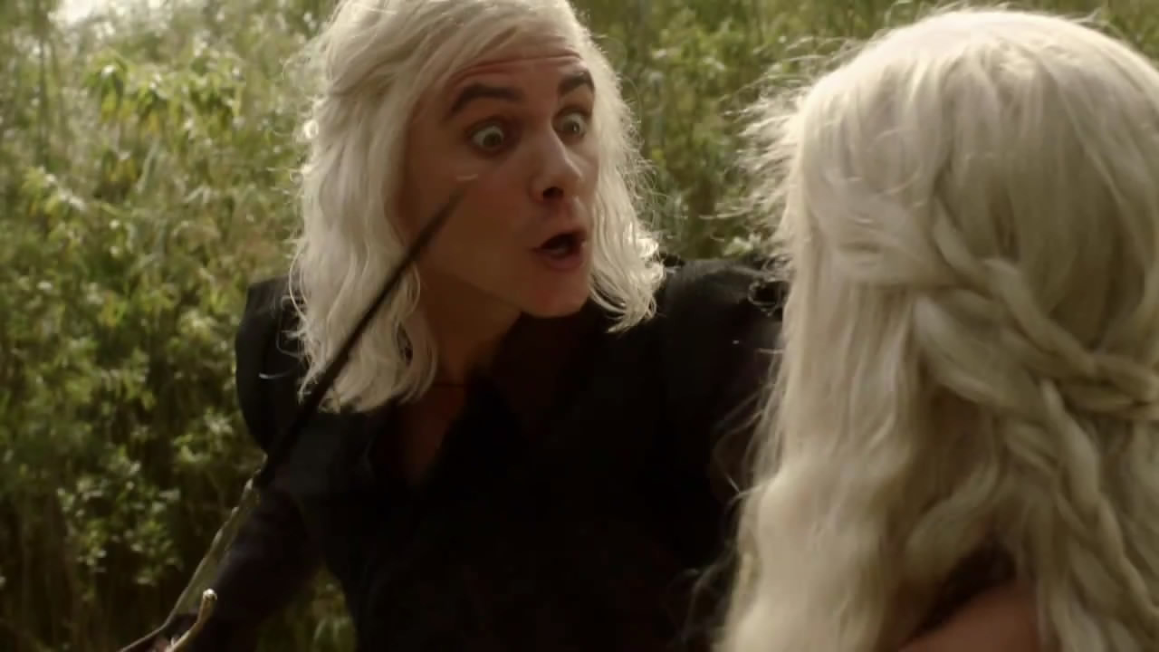 https://i0.wp.com/images4.fanpop.com/image/photos/19900000/Viserys-Daenerys-game-of-thrones-19934042-1280-720.jpg