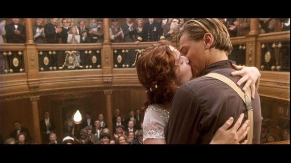 titanic kissing scene