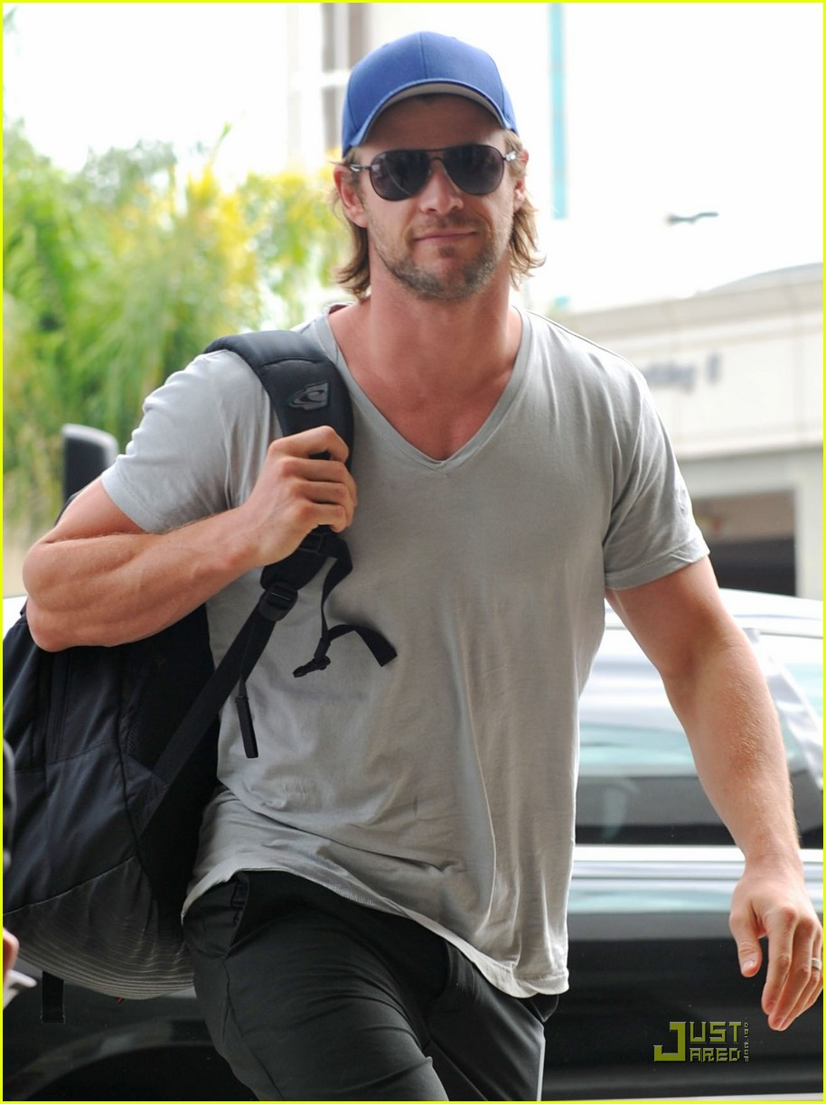 Chris Hemsworth: 'Avengers' Teaser Clip Released! - chris-hemsworth photo