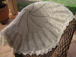 Ravelry Bubbles A Beautiful Circular Shawl pattern by
