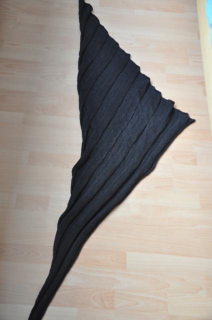 Groovy Schal aus Drachenwolle Merino hochfein