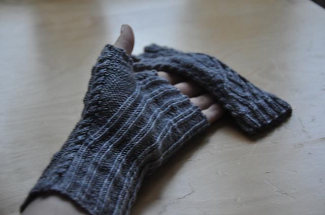 kuriose handschuhe ohne finger knit it black. Black Bedroom Furniture Sets. Home Design Ideas
