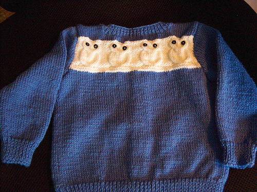SO cute!!  Im not sure how easy it would be to find the pattern, though.