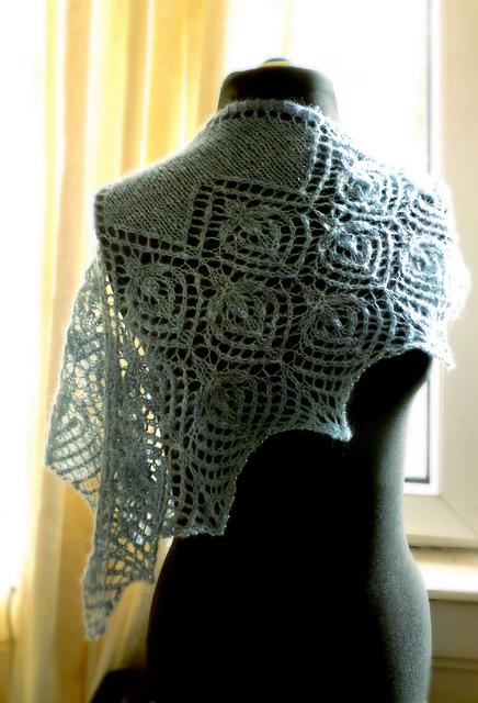 Hildina shawl