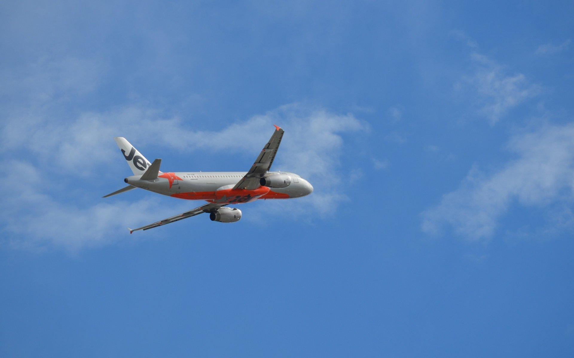Airplane Wallpaper Iphone X Jetstar Airways A320 232 Over Sydney Airport Hd Wallpaper