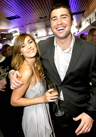 https://i0.wp.com/images5.fanpop.com/image/photos/25800000/Lauren-Brody-the-hills-25841651-400-567.jpg