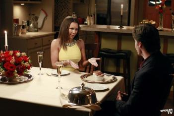 Watch Desperate Housewives - Any Moment Online S08E18