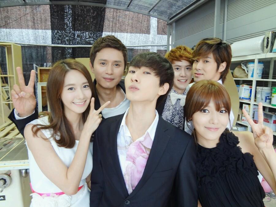 Song Ji Hyo Cute Wallpaper Yoonsoo Selca With Eunhyuk Kyuhyun Yunho Via Eunhyuk