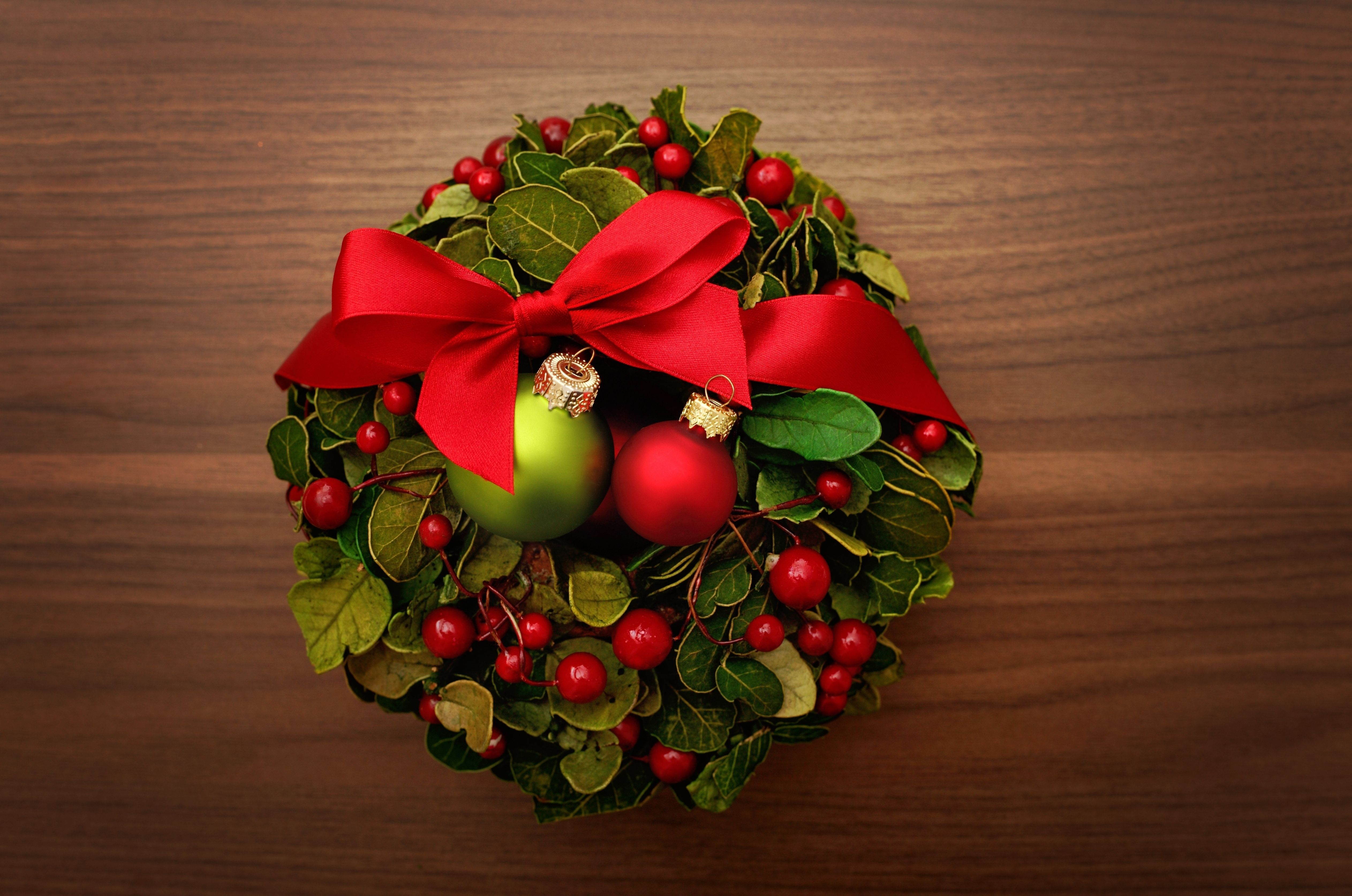 Crown Hd Wallpaper Christmas 4k Ultra Hd Wallpaper And Background Image