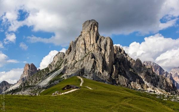 Nuvolau Mountain Belluno Italy Hd Wallpaper Background