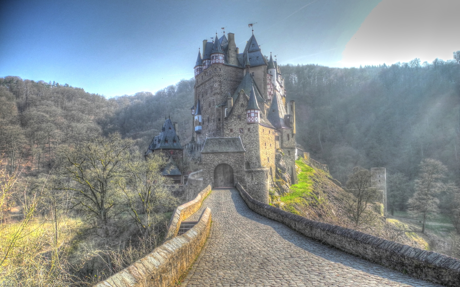 Free Wallpaper Fall 1600x900 33 Eltz Castle Hd Wallpapers Background Images