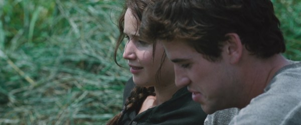 20 Katniss Everdeen And Gale Hawthorne Kissing Pictures And Ideas