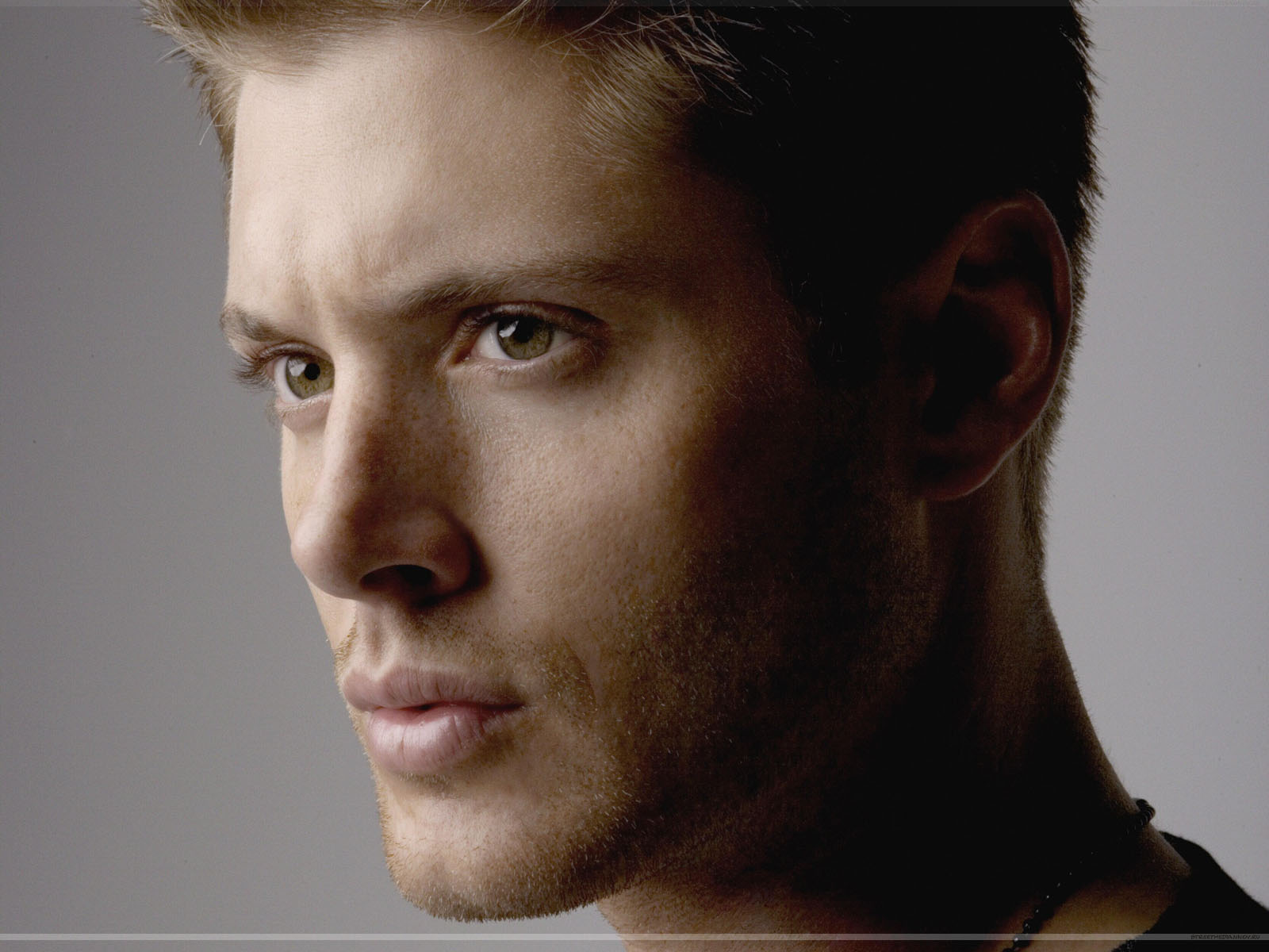 Simple Wallpaper Cute Jensen Ackles Images Jensen Hd Wallpaper And Background