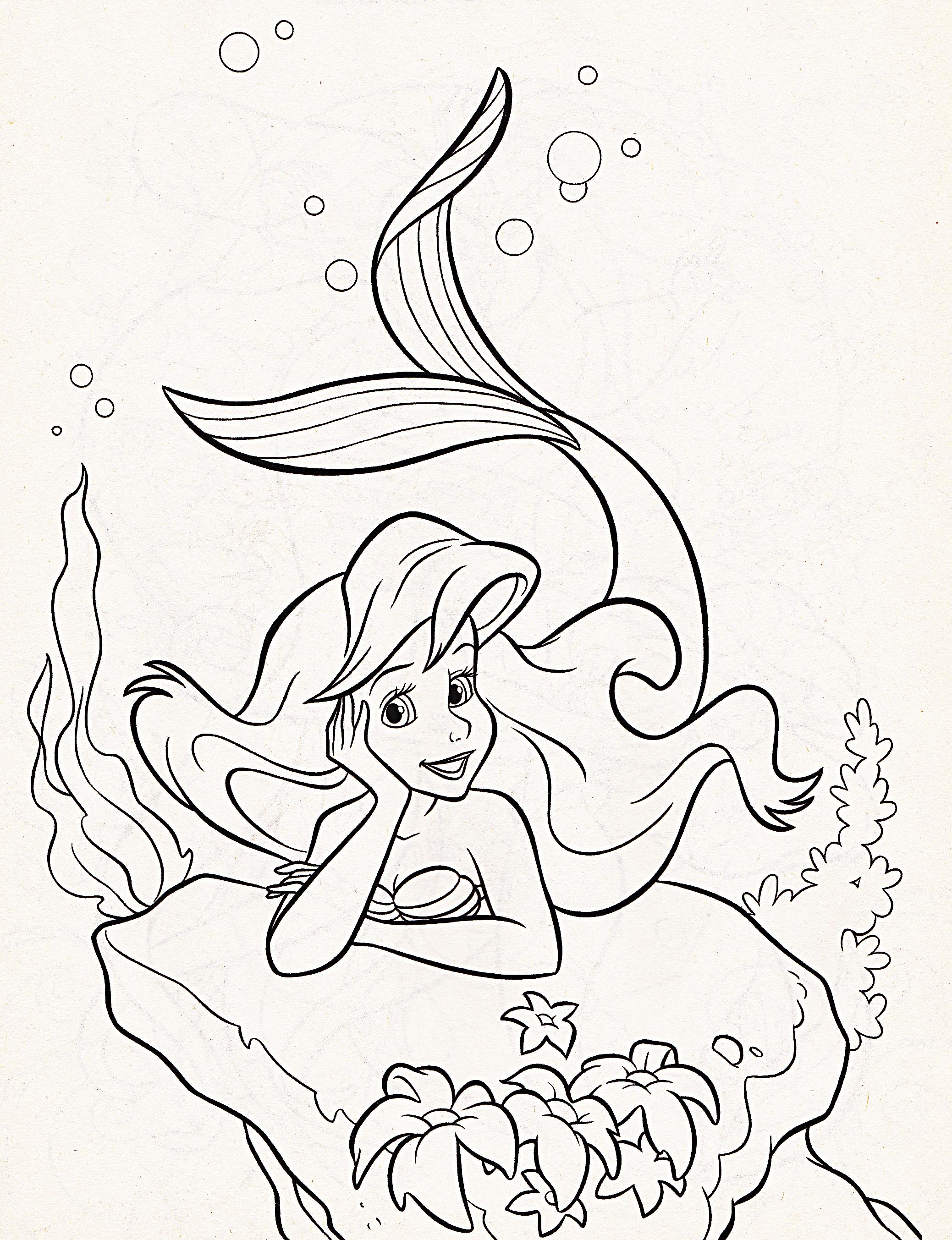 Elsa Colouring Poage