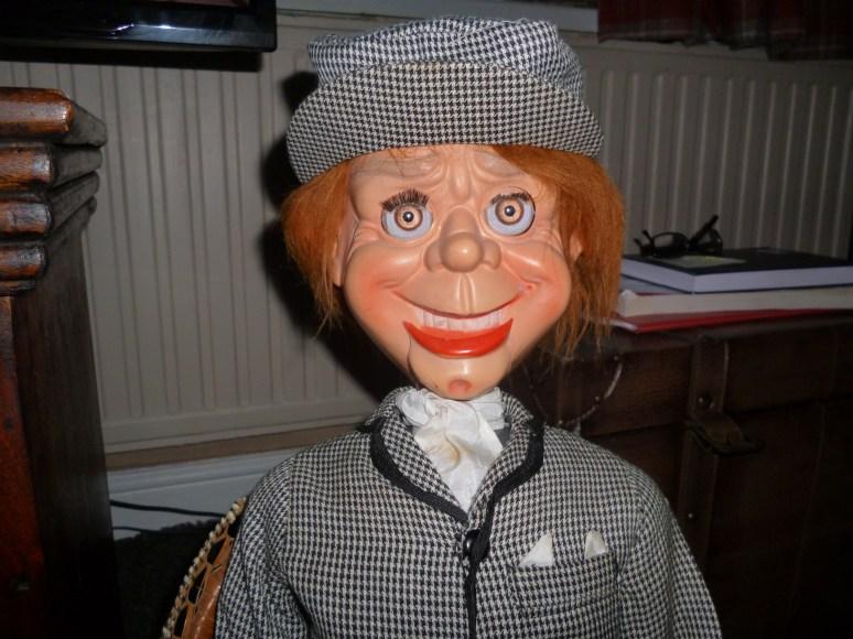 2016 02210001.JPG - mr parlanchin ventriloquist dummy foto ...