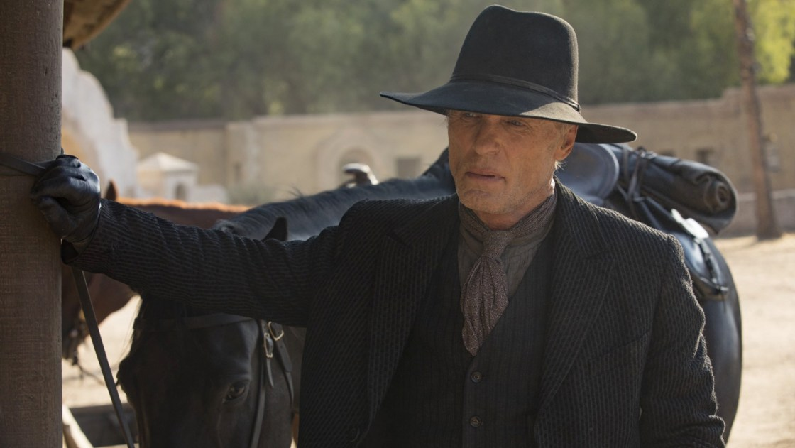 https://i0.wp.com/images6.fanpop.com/image/photos/41300000/Westworld-Riddle-of-the-Sphinx-2x04-promotional-picture-westworld-41337209-1296-730.jpg?resize=1120%2C631