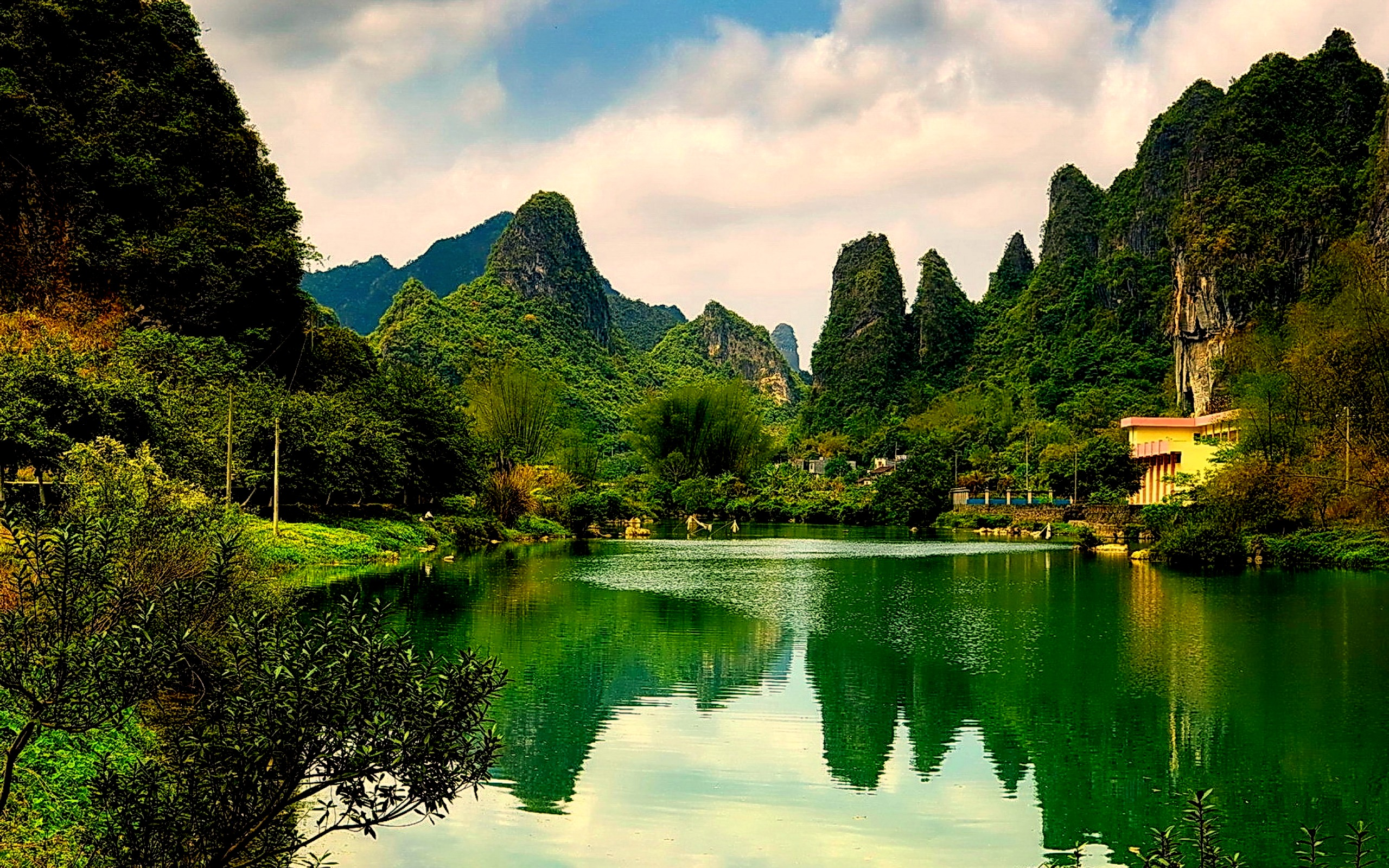 Scenic Full HD Wallpaper and Background  2560x1600  ID400757