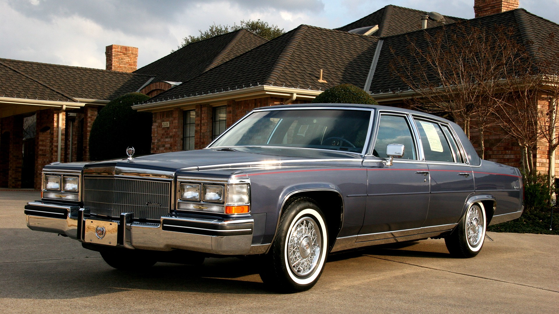 Classic Old Car Wallpapers 1600x900 1 1984 Cadillac Fleetwood Hd Wallpapers Background