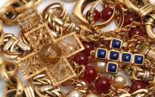Jewelry Hd Wallpaper Background 2880x1800 Id