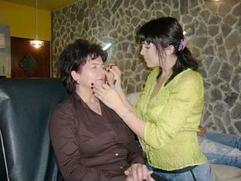 Servicii pensat Beauty Salon  Bucuresti  Elis Sprancene A La Hollywood Beauty Salon ID 7509
