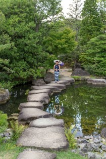 Kokoen Garden, a typical Japanese one, gives such a great environment for a portrait. Surely not to be missed by anyone who visits the nearby Himeji Castle.