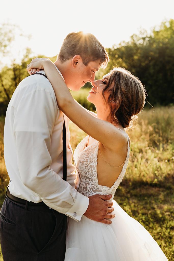 minneapolis wedding photography from Blackberry Ridge Golf Course wedding