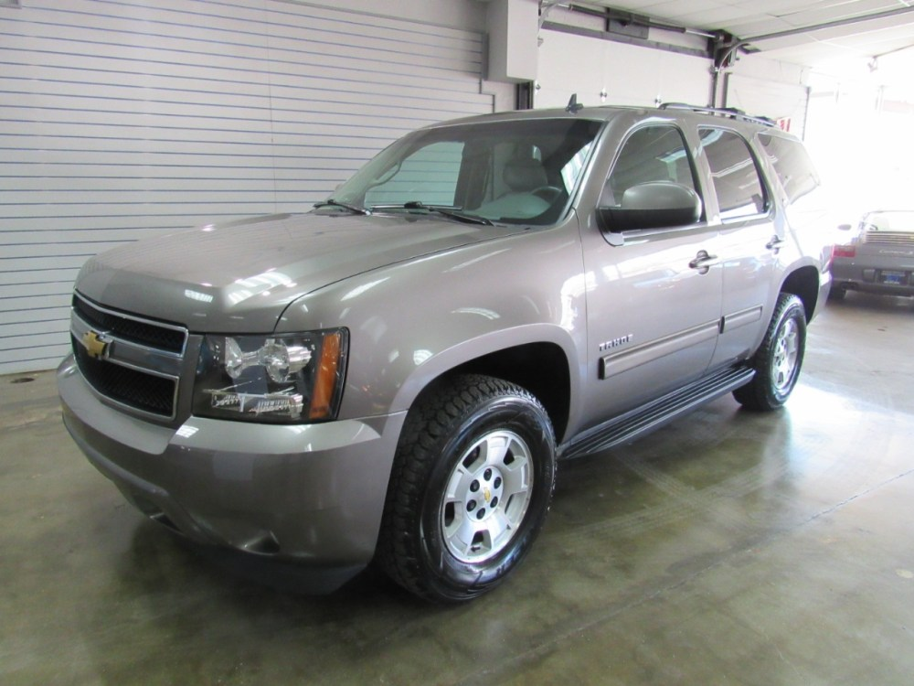medium resolution of details about 2011 chevrolet tahoe lt 4wd