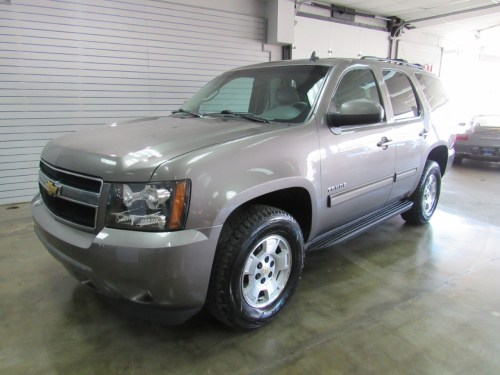 small resolution of details about 2011 chevrolet tahoe lt 4wd