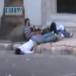 Siria, la polizia spara sulla folla: almeno 10 morti