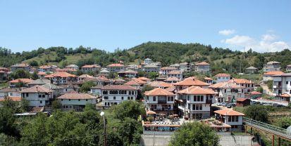 Изглед към центъра на Златоград / View of Zlatograd center