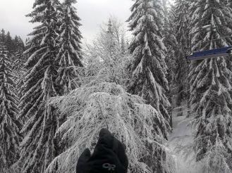 ski-lift-pamporovo